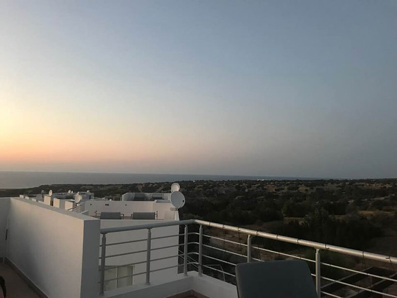penthouse-apartment-for-holiday-let-at-Sea-Terra-Reserve-Tatlisu-North-Cyprus--(1)