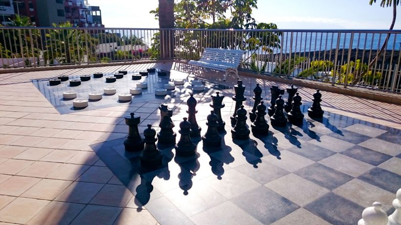 chess and draughts at the outdoor entertainment area of roca nivaria gran hotel