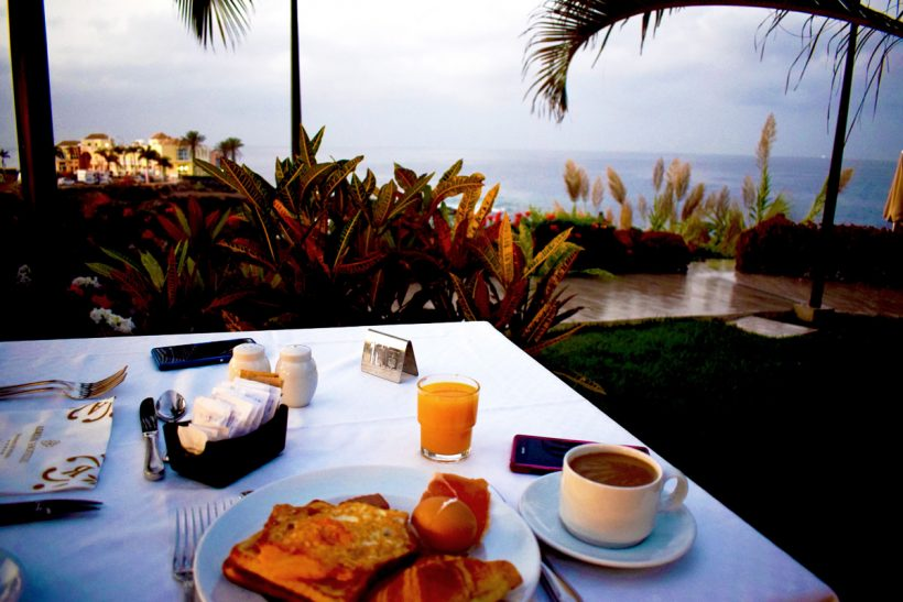 Roca Nivaria Gran Hotyel Review photo of breakfast outdoors alongside the sea