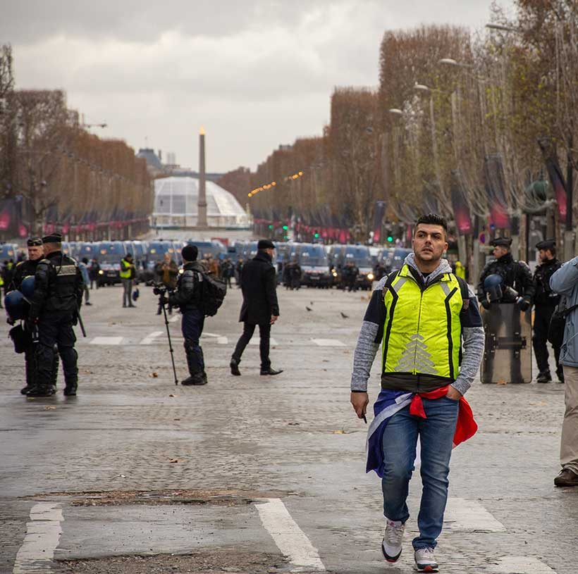 yellow-vests-in-paris